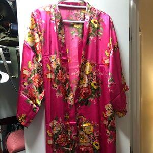 Floral silk robe!